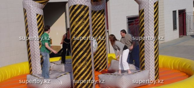 Аренда надувных батутов в Алматы от ивент-агентства «Супер Той»
