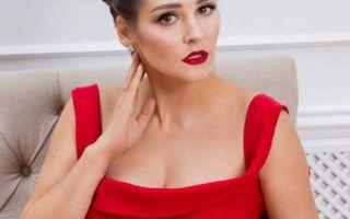 Глафира Тарханова показала роскошные формы спустя два месяца после родов