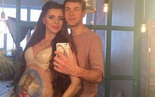 Ольга Рапунцель доказала свою беременность, опубликовав фото в нижнем белье