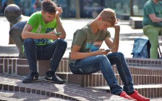 Просто не хочется: Молодые американцы все чаще отказываются от секса