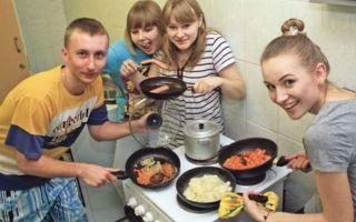 Как прожить студенту в России на 10 тысяч рублей в месяц