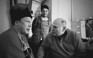 Пьяный Михаил Ефремов сорвал спектакль, оскорбляя зрителей со сцены